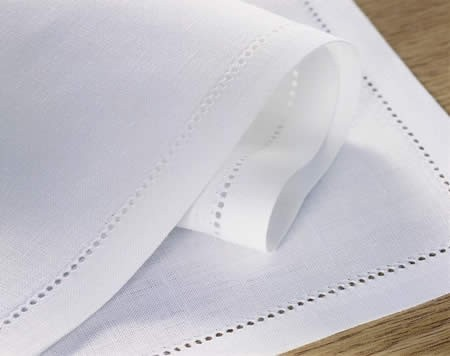 012_plain_hemstitched_linen_napkins